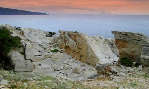 Zdjecie GRECJA / Thassos / okolice Aliki / Morze chmury i marmury