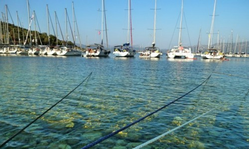 Zdjęcie GRECJA / Morze Jońskie / Kastos / Cumujemy