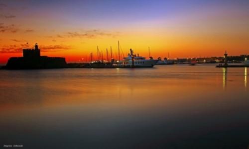 Zdjęcie GRECJA / Rodos / Port Mandraki / Port rybacki