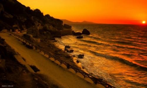 Zdjęcie GRECJA / Rodos / Rodos / Zachód na plaży