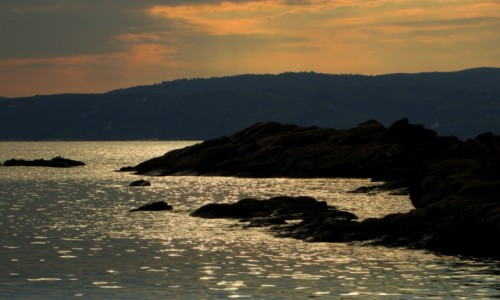Zdjecie GRECJA / Sporady Północne / Banana Beach / W kolorze zachodzącego słońca