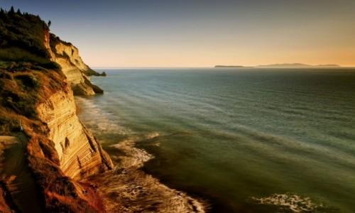 Zdjęcie GRECJA / Korfu / Peroulades / Logas Sunset-klify