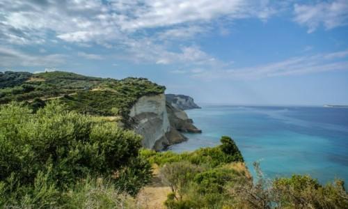 Zdjęcie GRECJA / Korfu / - /  z Cape Drastis widok na Klify