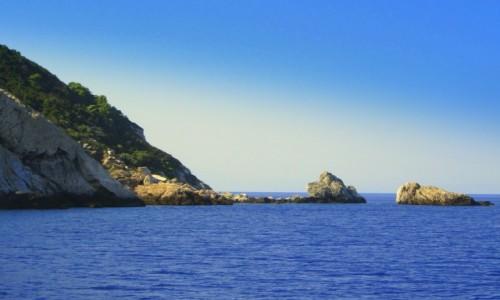 Zdjecie GRECJA / Sporady Północne / okolice Skopelos / Skały na horyzoncie