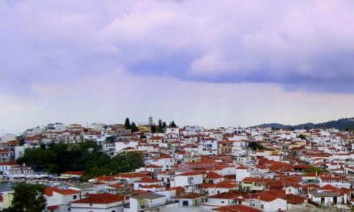 Zdjecie GRECJA / Sporady Północne / Skiathos Town / Czerwone dachy Skiathos