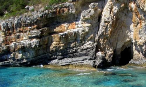 Zdjecie GRECJA / Morze Jońskie / okolice Korfu / Piękny klif
