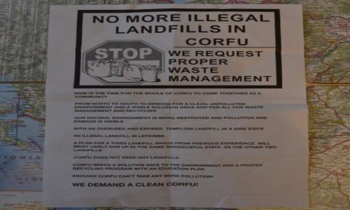 Zdjecie GRECJA / WYSPY JOŃSKIE / KORFU (KERKYRA) / S.O.S. DLA KORFU/wyspa tonie w śmieciach