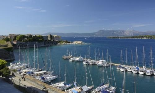 Zdjecie GRECJA / Wyspy Jońskie / Korfu (Kerkyra) / widok ze Starej Twierdzy na Kerkyrę