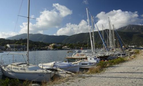 Zdjecie GRECJA / Wyspy Jońskie / Korfu - Ipsos / przystań w Ipsos