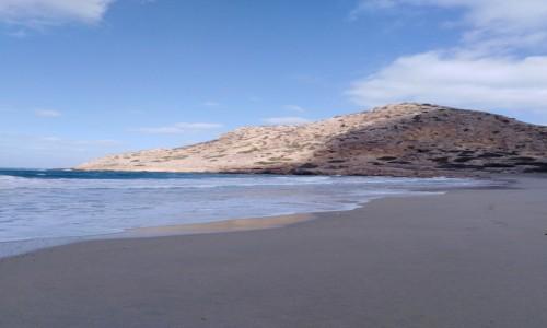 Zdjecie GRECJA / Karpathos / Arkasa / Raz słońce raz cień