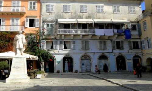 Zdjecie GRECJA / Wyspy Jońskie / Korfu / Włoskie klimaty greckiego miasta.