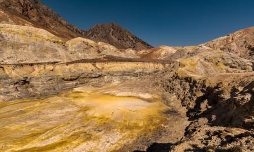 GRECJA / Dodekanez / Nisyros / krater wulkanu