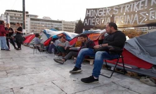 GRECJA / Ateny / Centrum miasta / Ateny - uchodźcy