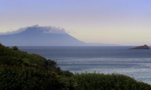 GRECJA / Karpathos / okolice Arkasy / Wyspa kapitanów we mgle
