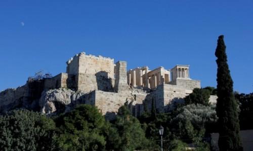 Zdjęcie GRECJA / - / Ateny / U podnóża Akropolu