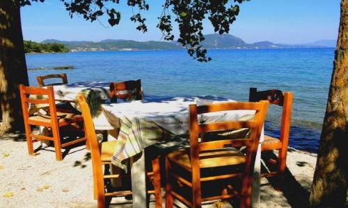 Zdjecie GRECJA / Wyspy Jońskie / Korfu / Dobre miejsce na popołudniową kawkę :)