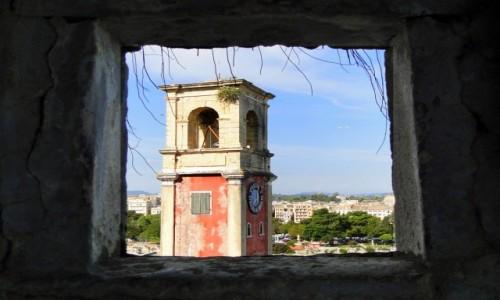 GRECJA / Wyspy Jońskie / Korfu / Przez okienko...