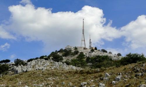 GRECJA / Wyspy Jońskie / Korfu / Pod szczytem Pantokratora.