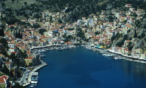 Zdjecie GRECJA / Archipelag Dodekanez / Simi / widok na port