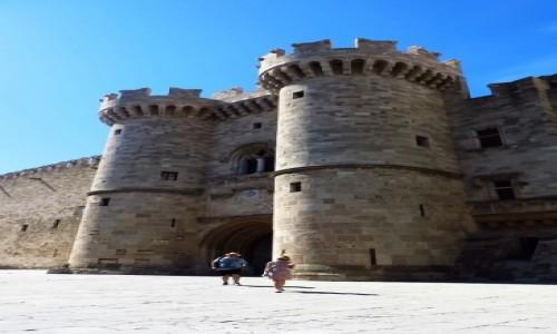 Zdjecie GRECJA / Archipelag Dodekanez / Wyspa Rodos - Rodos / Pałac Wielkich Mistrzów - brama główna