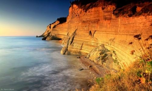 GRECJA / Sidari / Corfu / Cliffs in Corfu