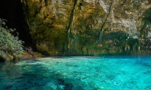 Zdjecie GRECJA / Wyspy Jońskie- Kefalonia / okolice Sami / niezwykłe kolory jeziora w Jaskini Melissani