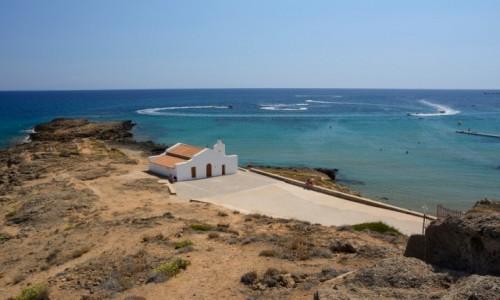 Zdjecie GRECJA / Wyspy Jońskie / Zakynthos - Agios Nikolaos / kościółek Świętego Mikołaja