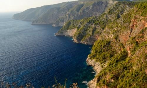 Zdjecie GRECJA / Wyspy Jońskie / Zakynthos / klify w okolicach Kampi