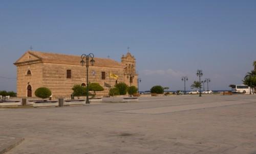 GRECJA / Wyspy Jońskie / Zakynthos - Plac Solomosa / kościół Agios Nikolaos tou Molou