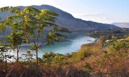 GRECJA / Kreta / Zachodnia część Prowincji Retimno / Widok na jezioro Kourna