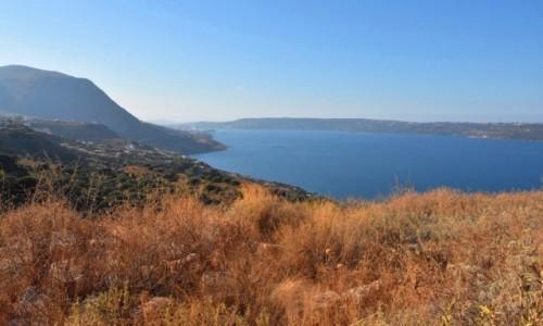 GRECJA / Kreta / okolice Aptery / Widok na zatokę Souda
