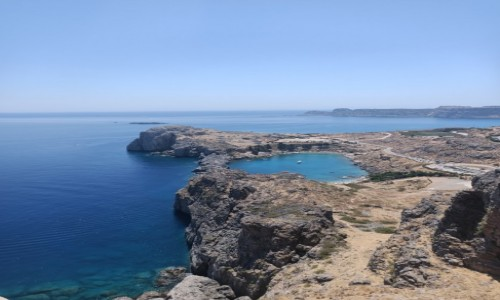 Zdjecie GRECJA / Rodos- Lindos / Zatoka widziana z Akropolu w Lindos / Zatoka
