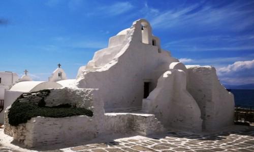 Zdjecie GRECJA / Cyklady / Chora - Wyspa Mykonos / Urok greckich kościołów - Panagia Paraportiani; 4 kościoły w jednym