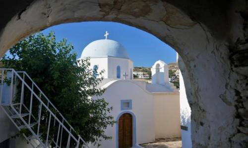Zdjęcie GRECJA / Cyklady / Wyspa Paros / Urok greckich kościołów - Lefkes