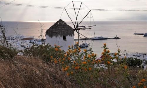 Zdjecie GRECJA / Cyklady / Chora, wyspa Mykonos / Mykonos o zachodzie słońca