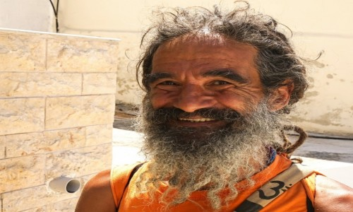 GRECJA / Kreta / Matala / The real caveman