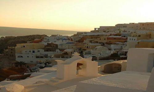 Zdjecie GRECJA / Cyklady, Santorini / Cyklady, Santorini, Oia / Oia - zach�d s�