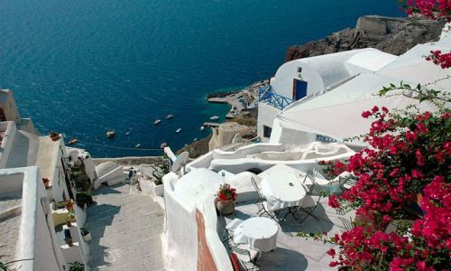 Zdjecie GRECJA / Cyklady / Santorini, Oia / urokliwe tarasy