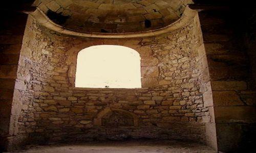 Zdjęcie GRECJA / Kreta / Gortyna / wnęka przy ołtarzu Bazyliki Agios Titos