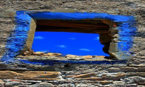 Zdjecie GRECJA / Santorini / Oia / okno.....