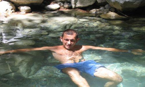 Zdjecie GRECJA / brak / wąwóz samaria / kapiel w górskim potoku