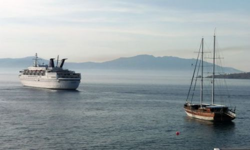 Zdjęcie GRECJA / Cyklady / Mikonos / Cruiser & Yacht