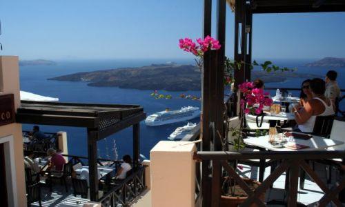 Zdjęcie GRECJA / Cyklady, Santorini / Fira / Kafejka z widokiem 2