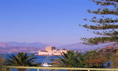 GRECJA / Peloponez - Argolida / Nafplion / Lazurowe piękno Nafplionu