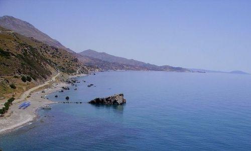 GRECJA / wyspa Kreta / okolice Preveli / widok na zatokę w pobliżu Preveli
