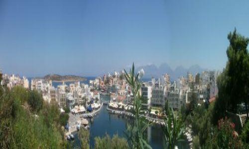 Zdjecie GRECJA / Crete / Agios Nikolaos / View over Agios Nikolaos Lake Voulismeni