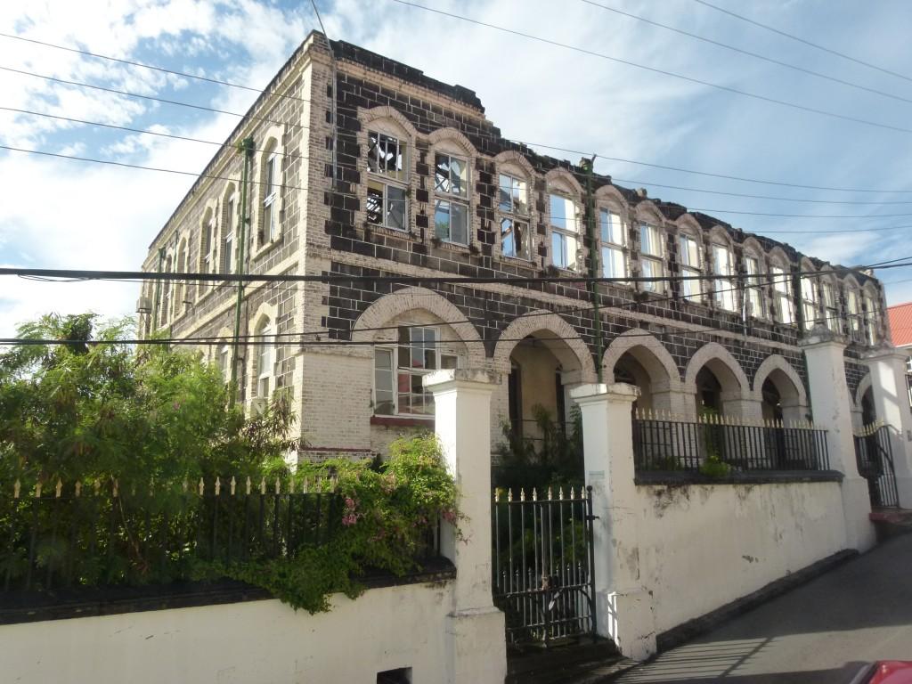 Zdjęcia: Saint George's, Grenada, Gmach parlamentu V, GRENADA