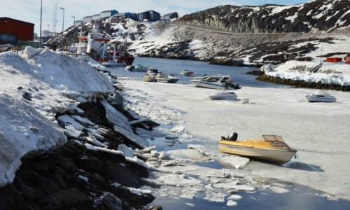 Zdjęcie GRENLANDIA / Sermersooq / Nuuk / W okowach lodu