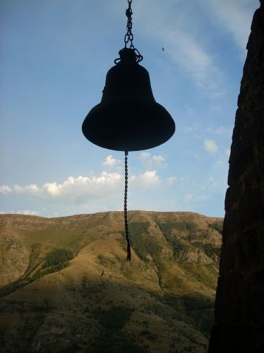 Zdjęcia: Wardzia, Komu bije dzwon, GRUZJA