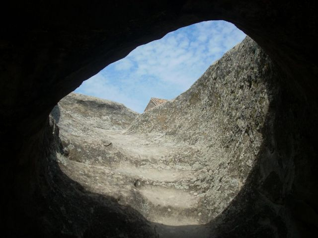 Zdj�cia: Upliczche + skalne miasto niedaleko Gori, Uplicyhce z do�u, GRUZJA